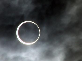 金管日食2.jpg